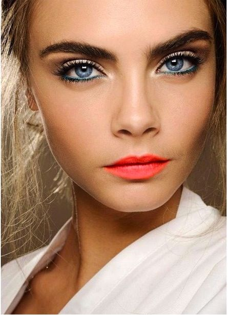 Bright Lips 3
