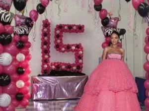 Rihanna-Memes-grammy-Quincenera-sweet16-pics-e1423466165535