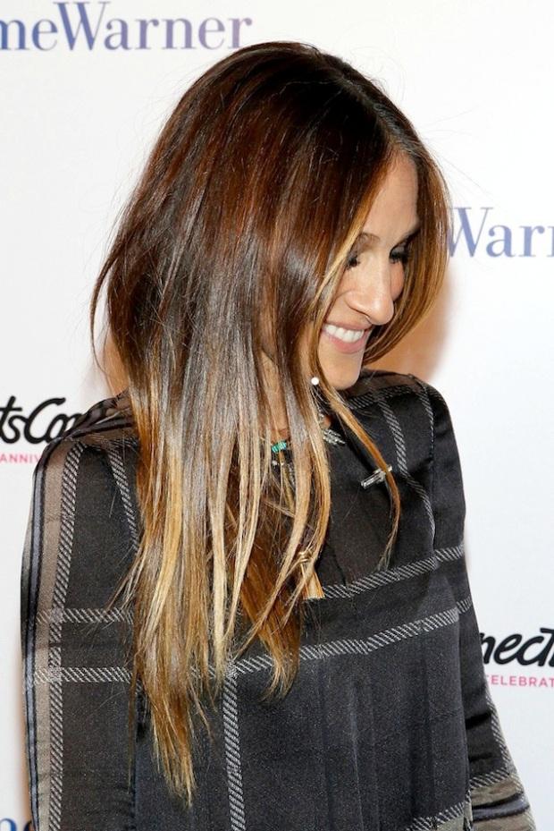 Le-Fashion-Blog-Hair-Inspiration-Sarah-Jessica-Parker-Long-Glossy-Sombre-Locks-Subtle-Ombre-Arts-Connection-Via-Zimbio.jpg
