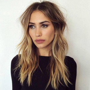 16-layered-bronde-hairstyle