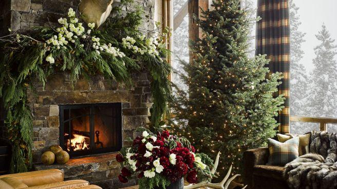 hd-aspect-1479404491-montana-christmas-home-living-room