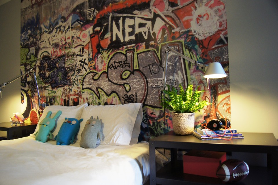 sweet-furniture-interior-bedroom-kids-room-design-with-light-oak-interesting-designs-in-decorating-ideas-for-boys-as-teen-wall-mural-painting_designer-kids-rooms_kids-room_diy-kids-room-paint-ideas-ce