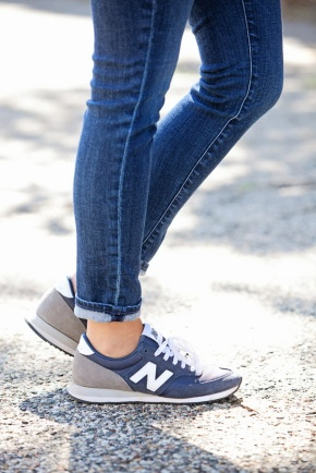 what-to-wear-with-new-balance-trainers-and-sneakers-chic-street-style-for-women-12